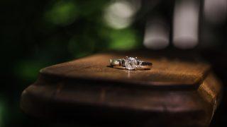 離婚で不要になった指輪はリングオフにお売りください