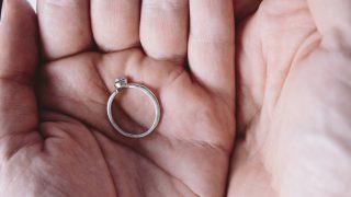 傷や汚れがついたり、使わなくなった指輪を買い取ります☆