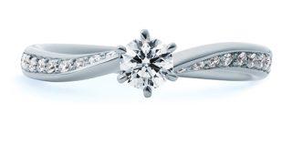 太い指に似合う指輪のデザインは・・・