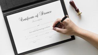 【結婚離婚の豆知識】ハリウッドニュースでよく聞く『婚前契約書』ってなに?