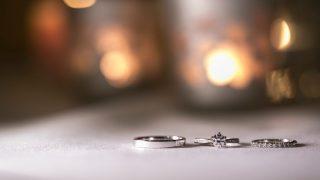 婚約指輪はいつまで身に着けられる?
